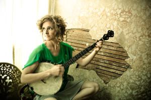 Abigail Washburn plays the banjo.